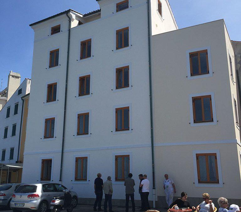 Izvedli primopredajo izvedenih del na obnovi fasade (Piran)